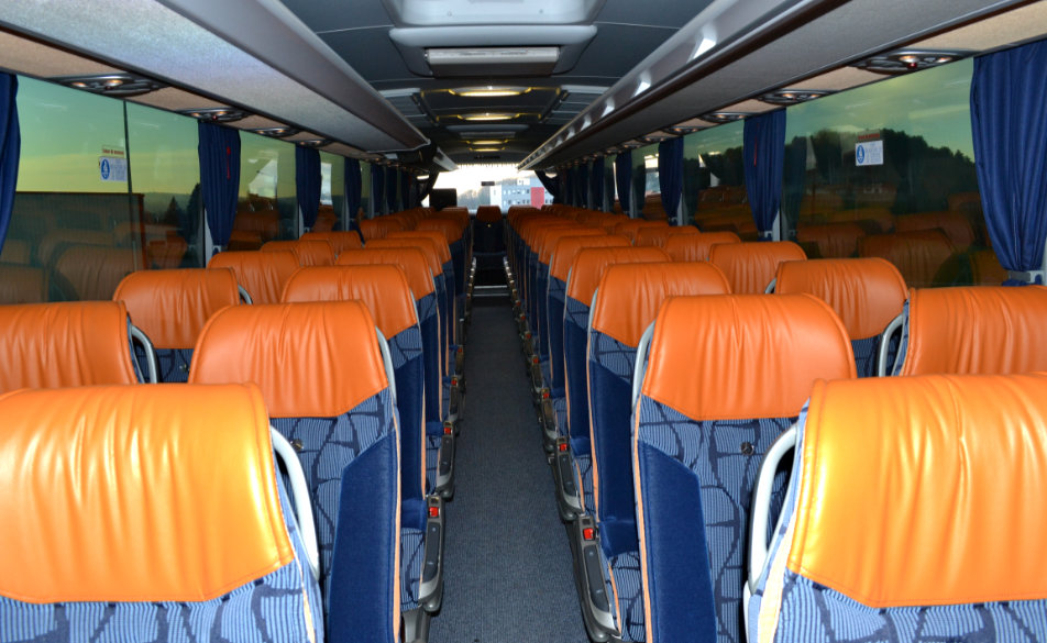 transport-jura-bus