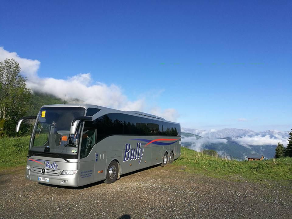 transport-bus-jura